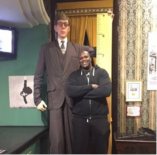 shaq and wadlow.jpg