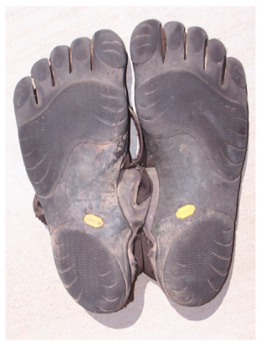 five-fingers-soles-wear1.png